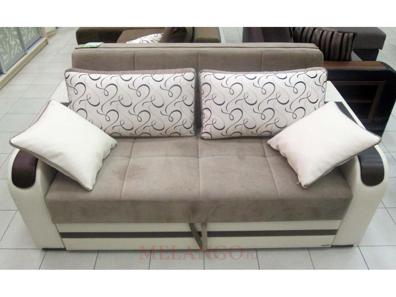 Опорная спинка дивана