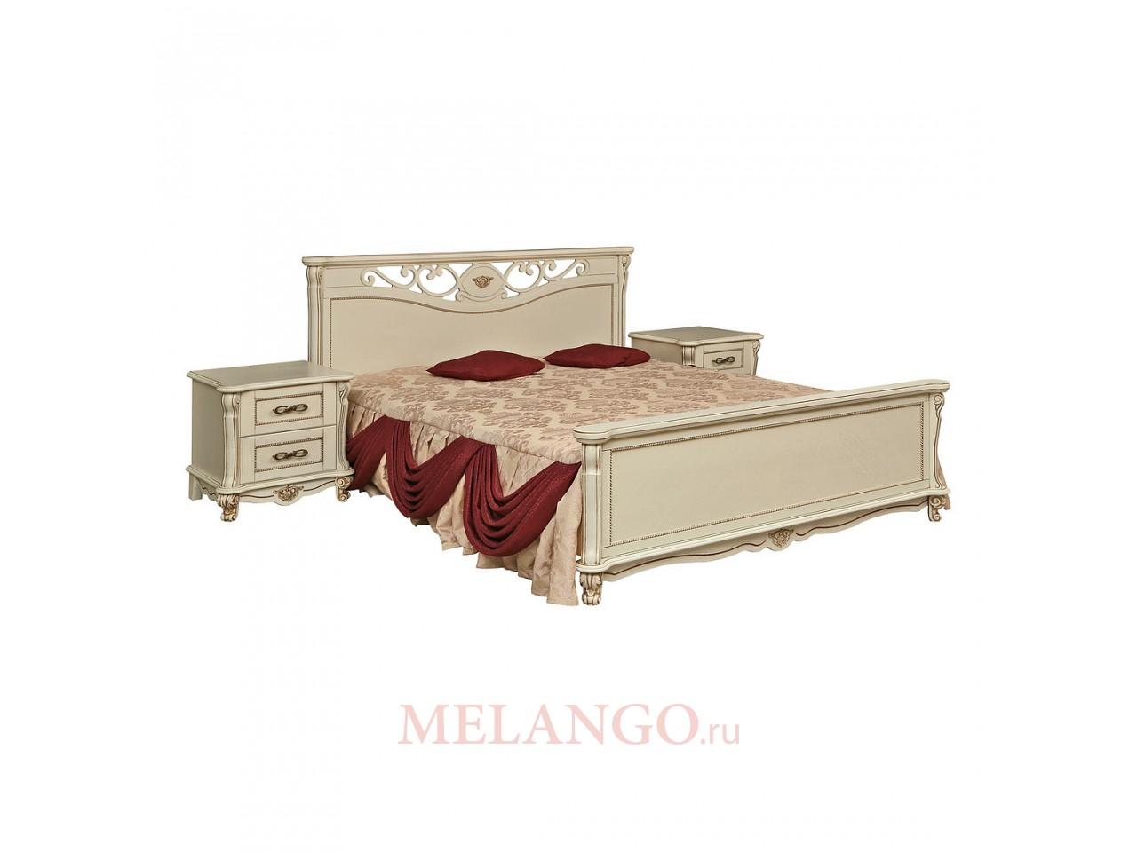 Кровать двойная Алези с высоким изножьем (слоновая кость с золочением)